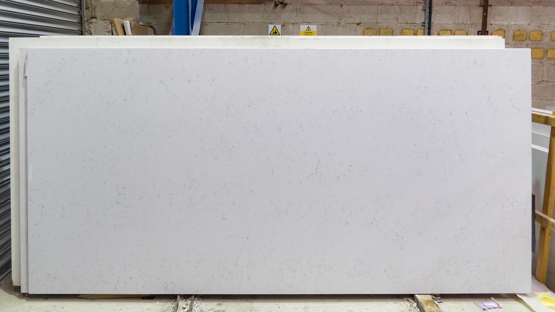 arenastone bianco montagna quartz worktops