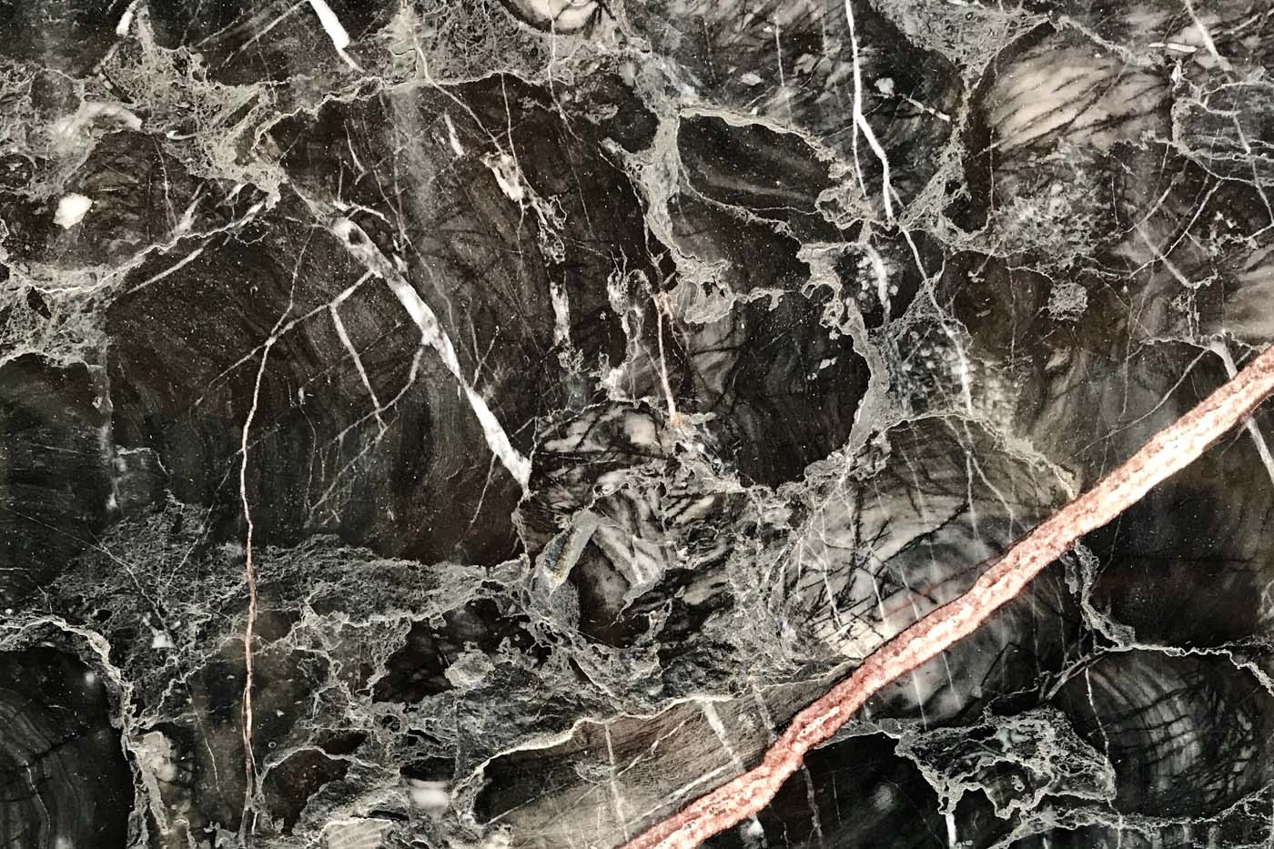 ashburton-marble-splashback-granite-worktops