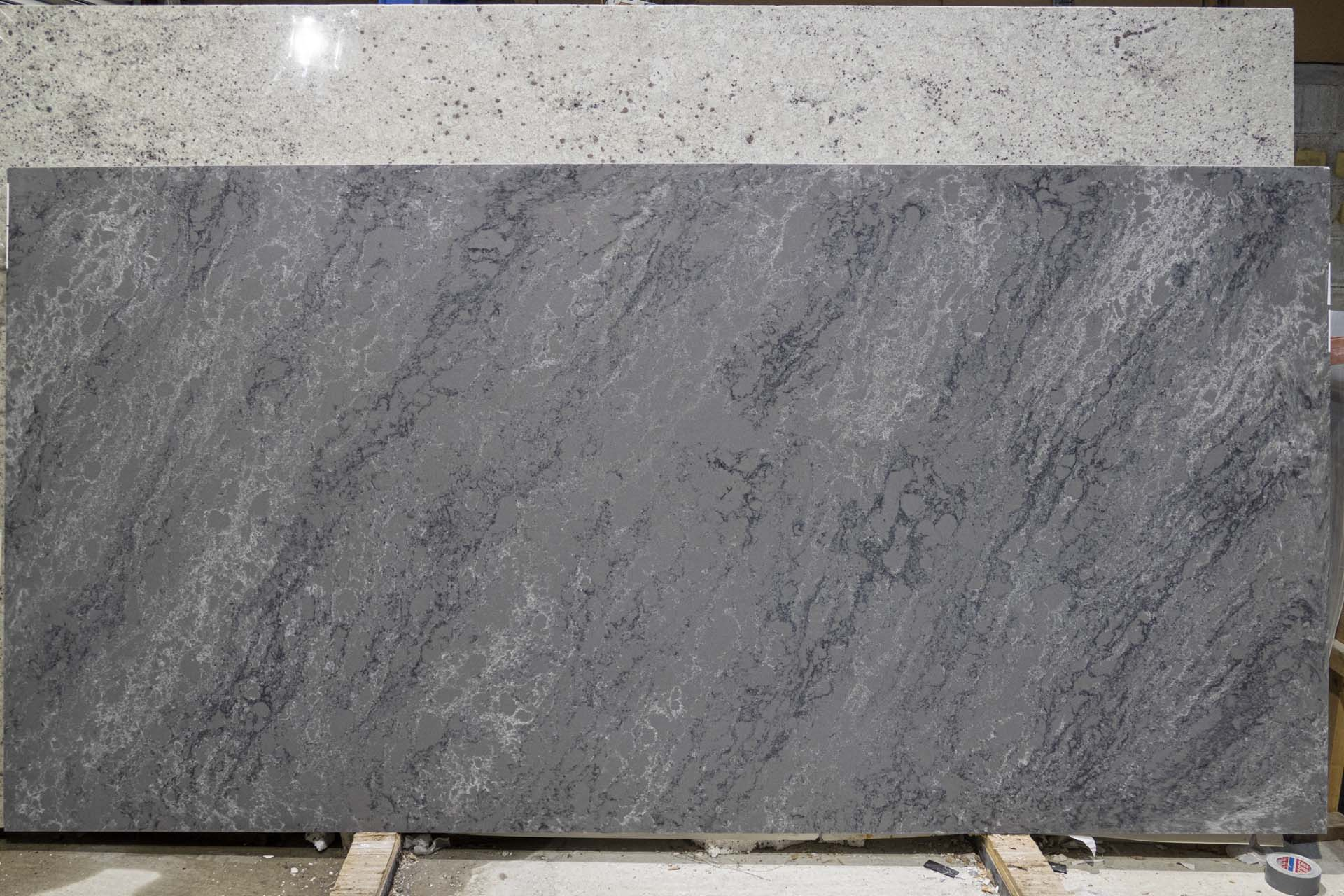 Bloomstone Storm Grey Quartz BL191203 37086 161749 a