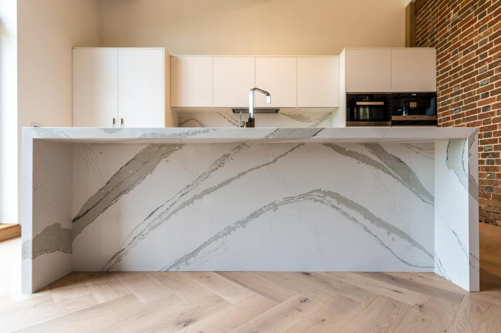 cambria-brittanicca-quartz-affordable-granite-worktops-120112