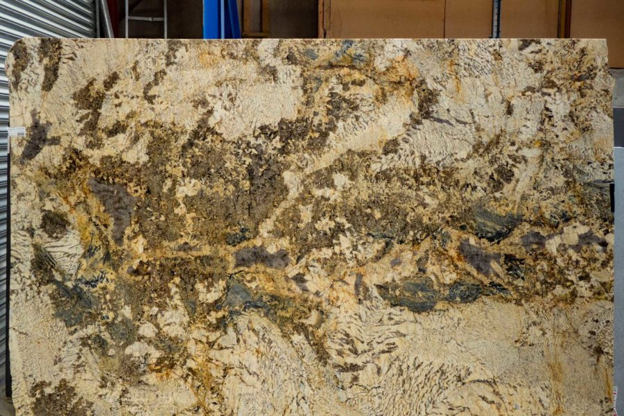 GRANITE WORKTOPS: WHAT'S WRONG WITH SMALL GRANITE SAMPLES?