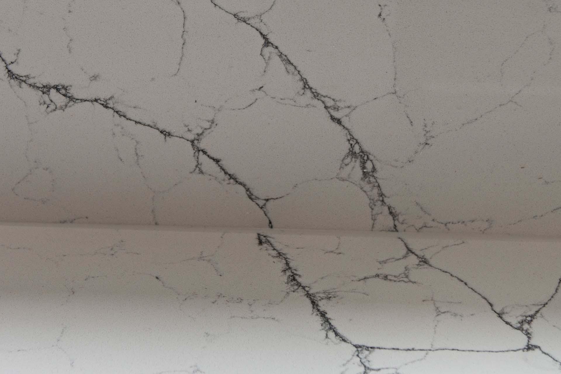 Classic Quartz Alaska Bianca quartz worktops Haywards Heath west sussex 190930 143604c