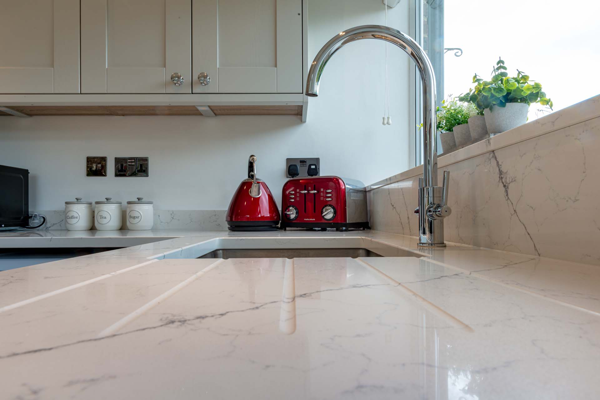 Classic Quartz Alaska Bianca can you belive how bad Silestone really is Haywards Heath west sussex 190930 145251a