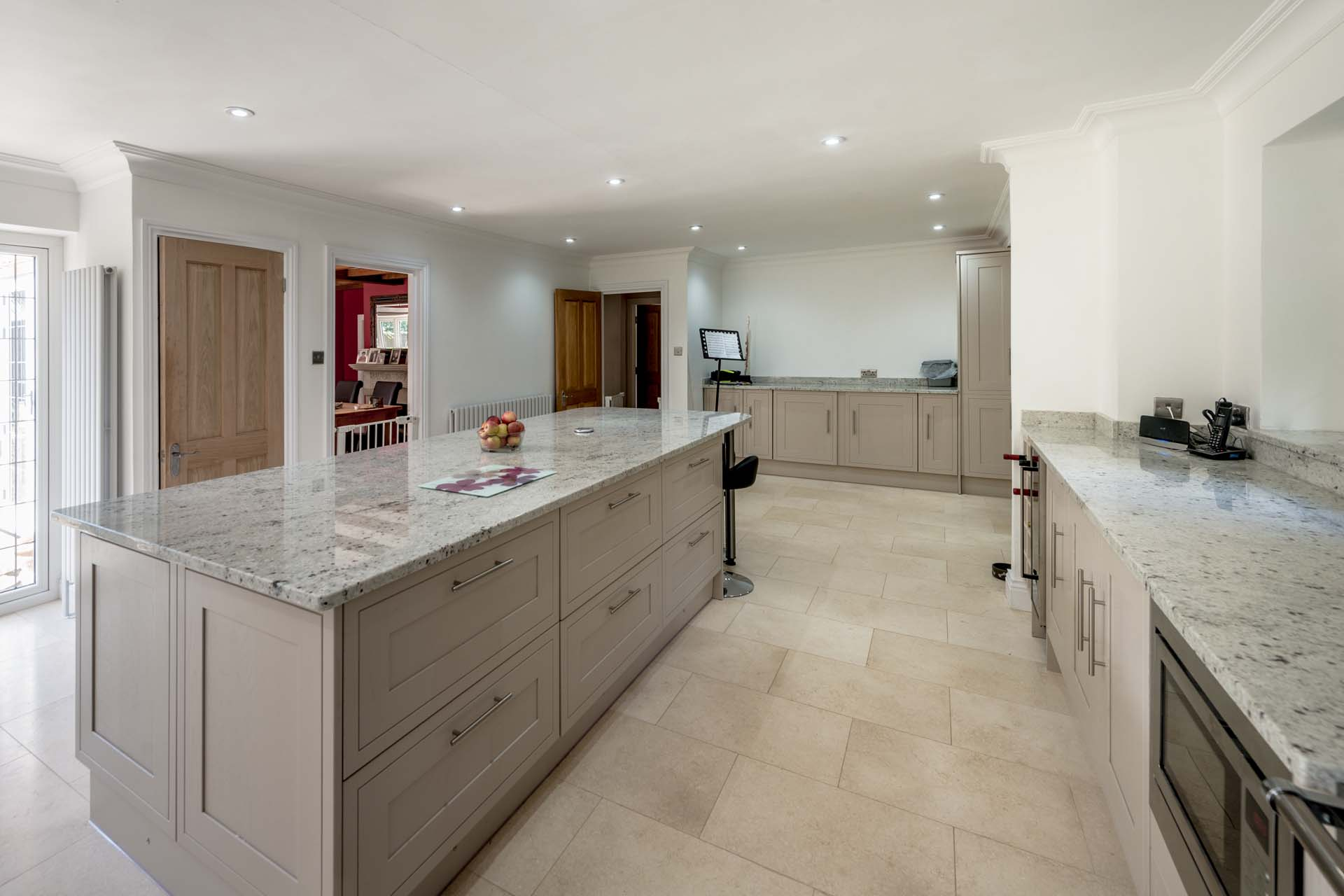 Colonial-White-Granite-Tadworth-Surrey-170710-112422a