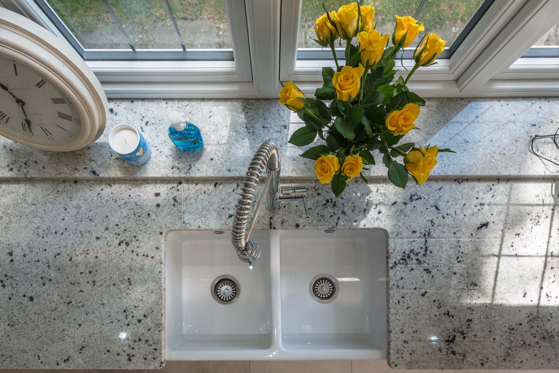 Colonial-White-Granite-Tadworth-Surrey-170710-113426a