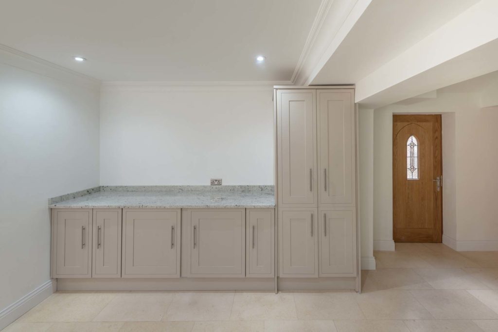 Colonial White Granite worktops surrey Tadworth Surrey Kingswood wow Brett it isnt sensa