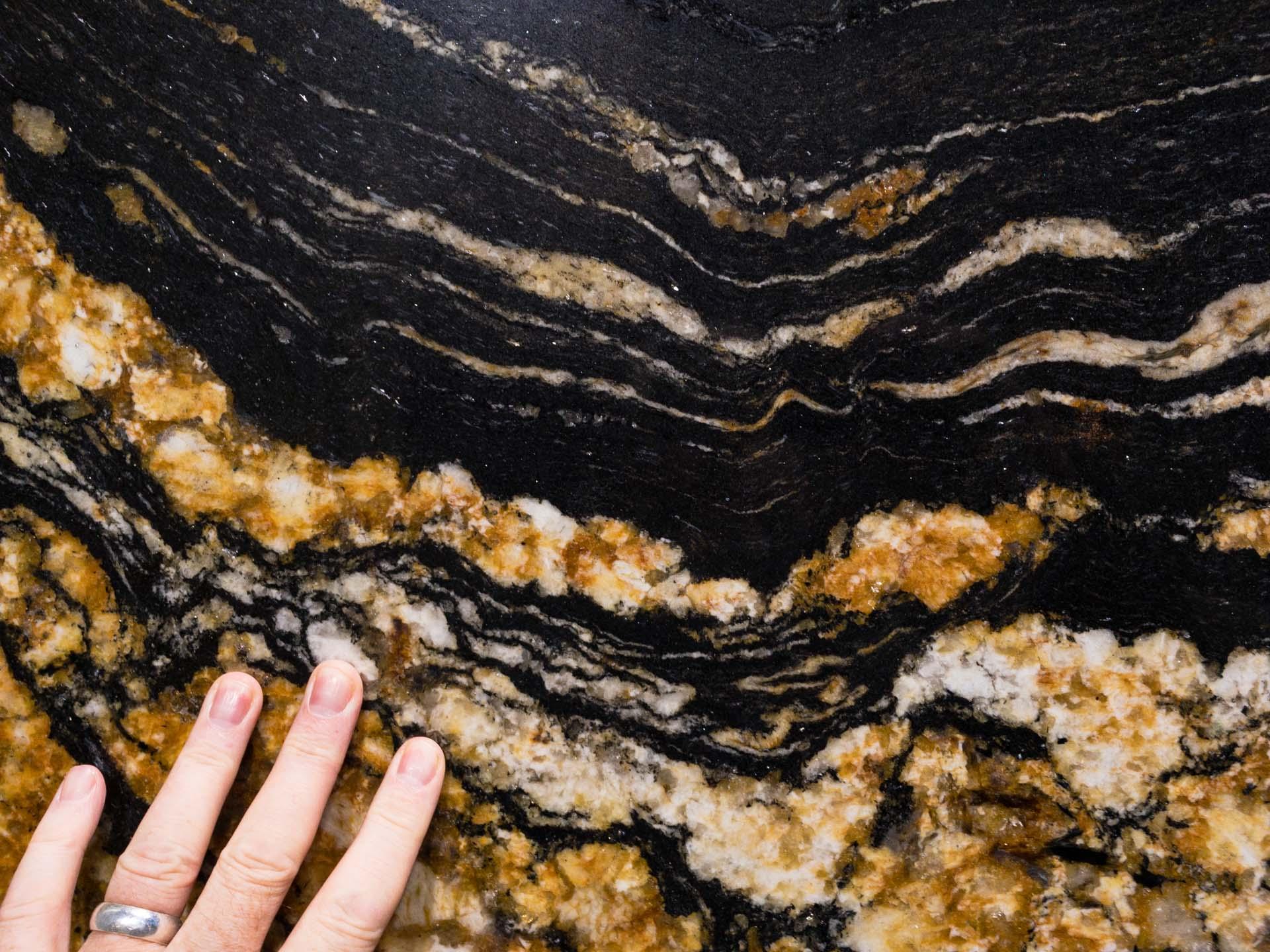 granite and quartz slabs Magma Black Granite GG181004 34093 154845-a