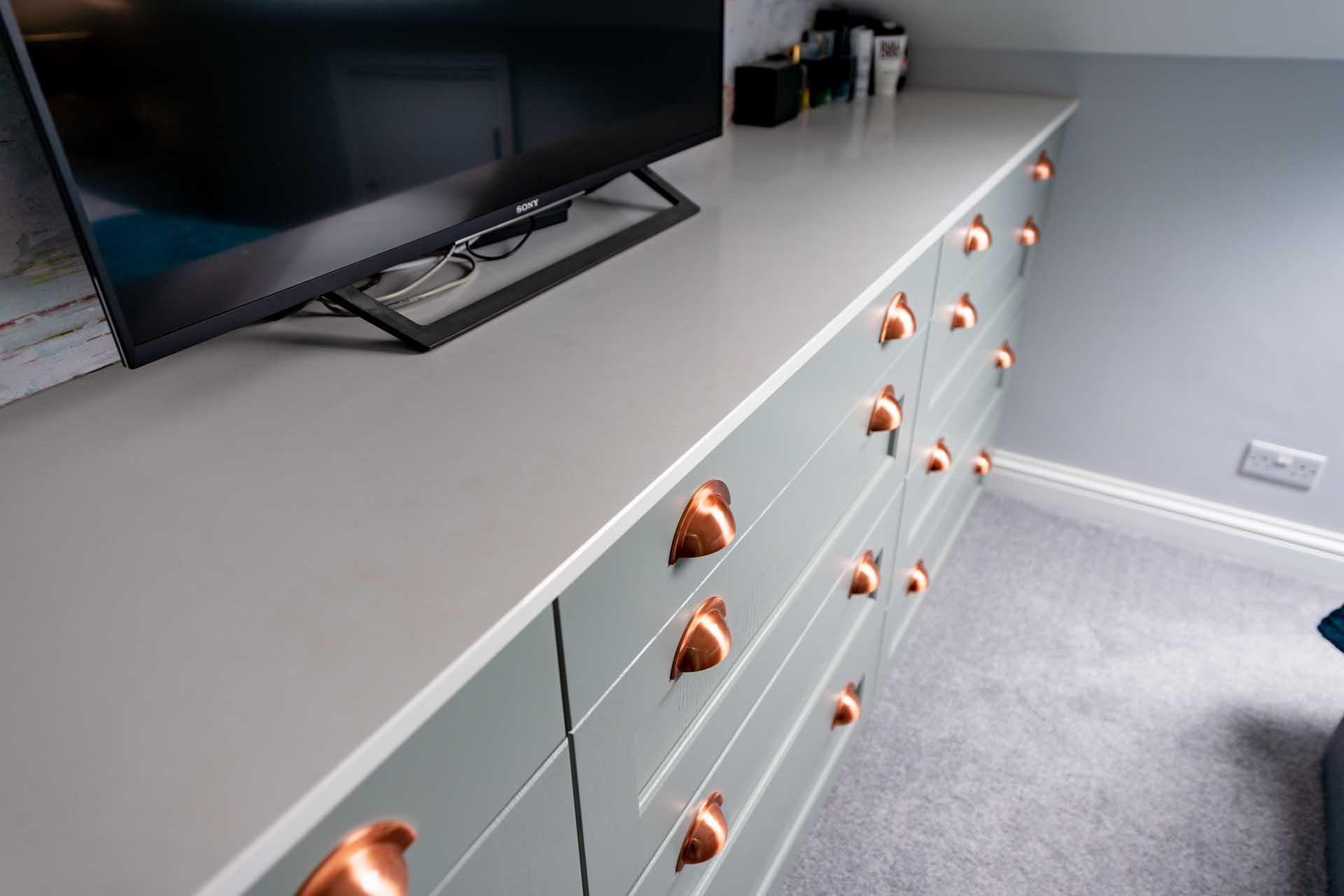 Novella Designs kitchen fitters quartz offcuts