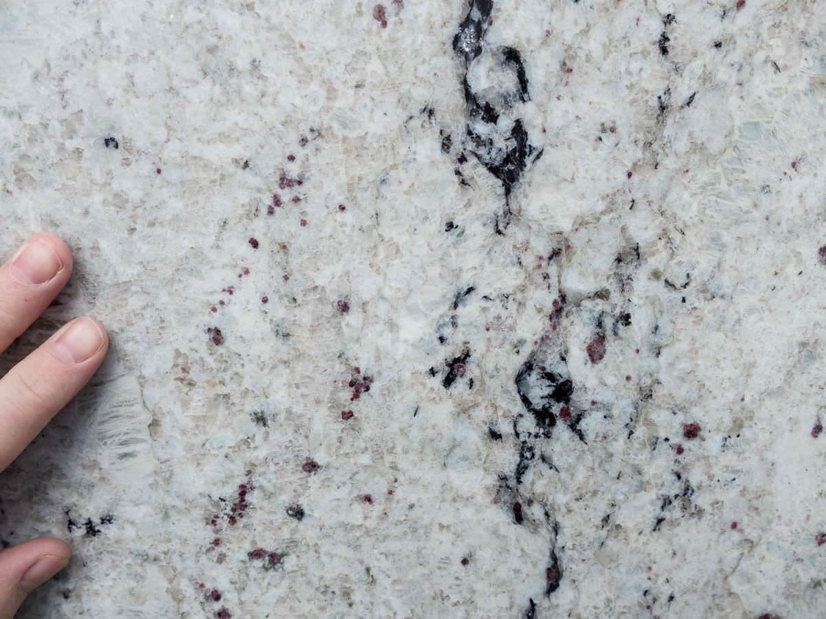 sensa-colonial-white-170428-125017-a
