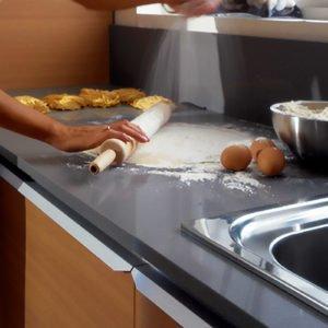 silestone-gris-expo-quartz-worktops-working-kitchen