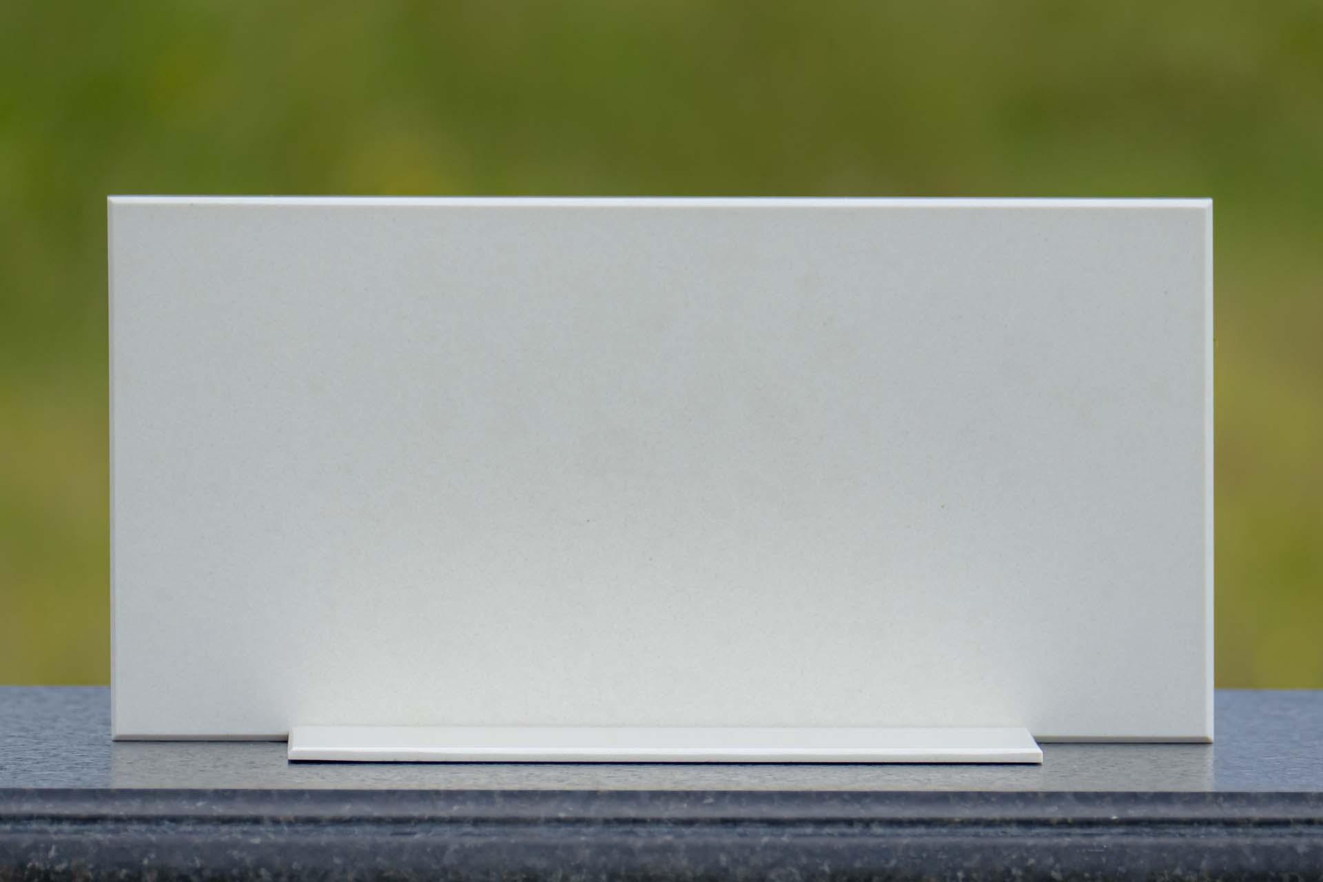 Silestone HybriQ Sunlit Days Faro White 122101 a