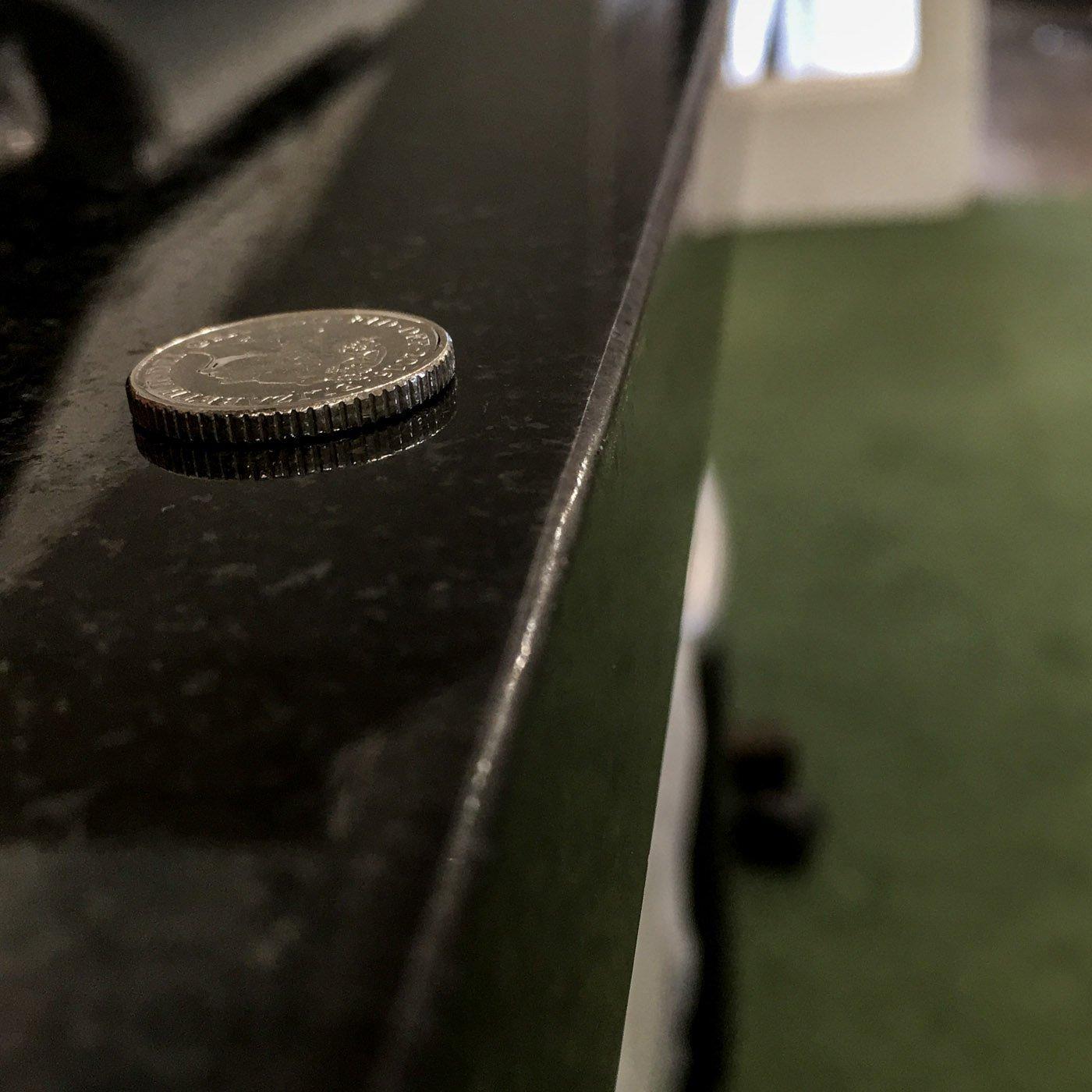 square-edge-on-30mm-nero-assoluto-granite-worktop
