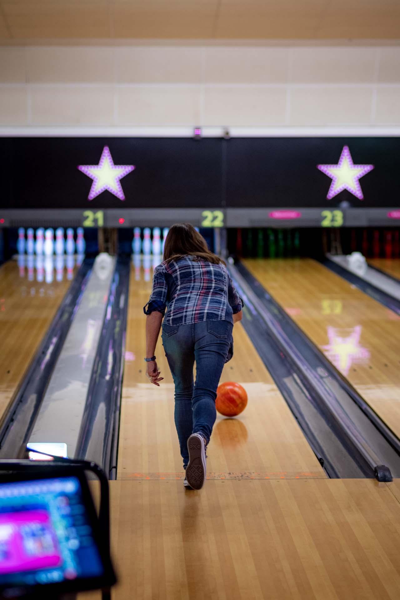 Staff training health and safety bowling crawley hollywood bowl 162820a