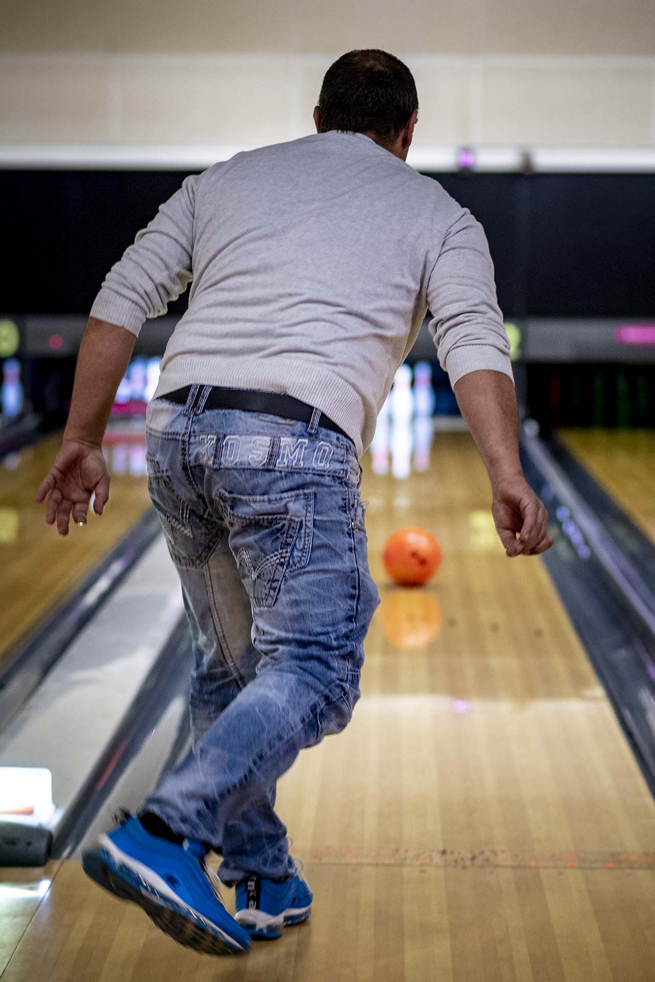Ten Pin Bowling health and safety bowling crawley hollywood bowl 163217 new