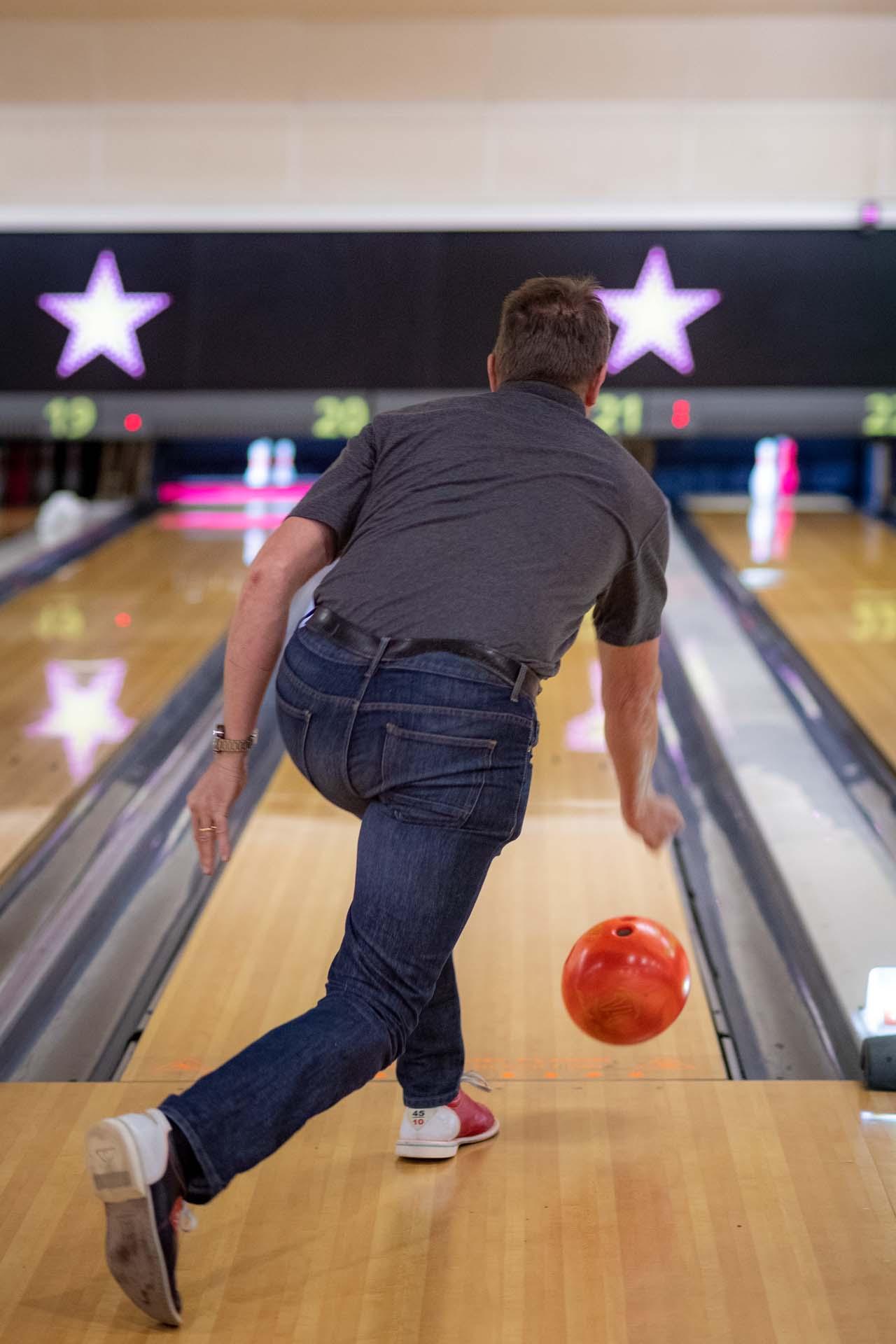 Staff training health and safety bowling crawley hollywood bowl 163255a