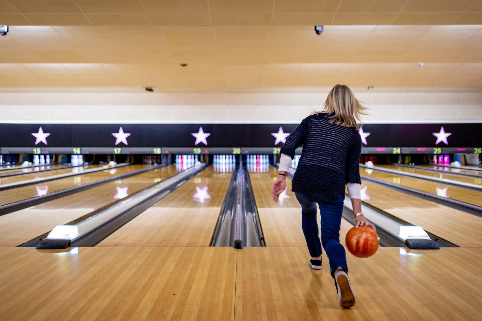 Staff training health and safety bowling crawley hollywood bowl 165202a