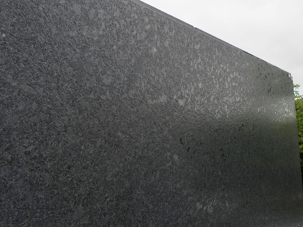 steel-grey-caress170503-165735-a