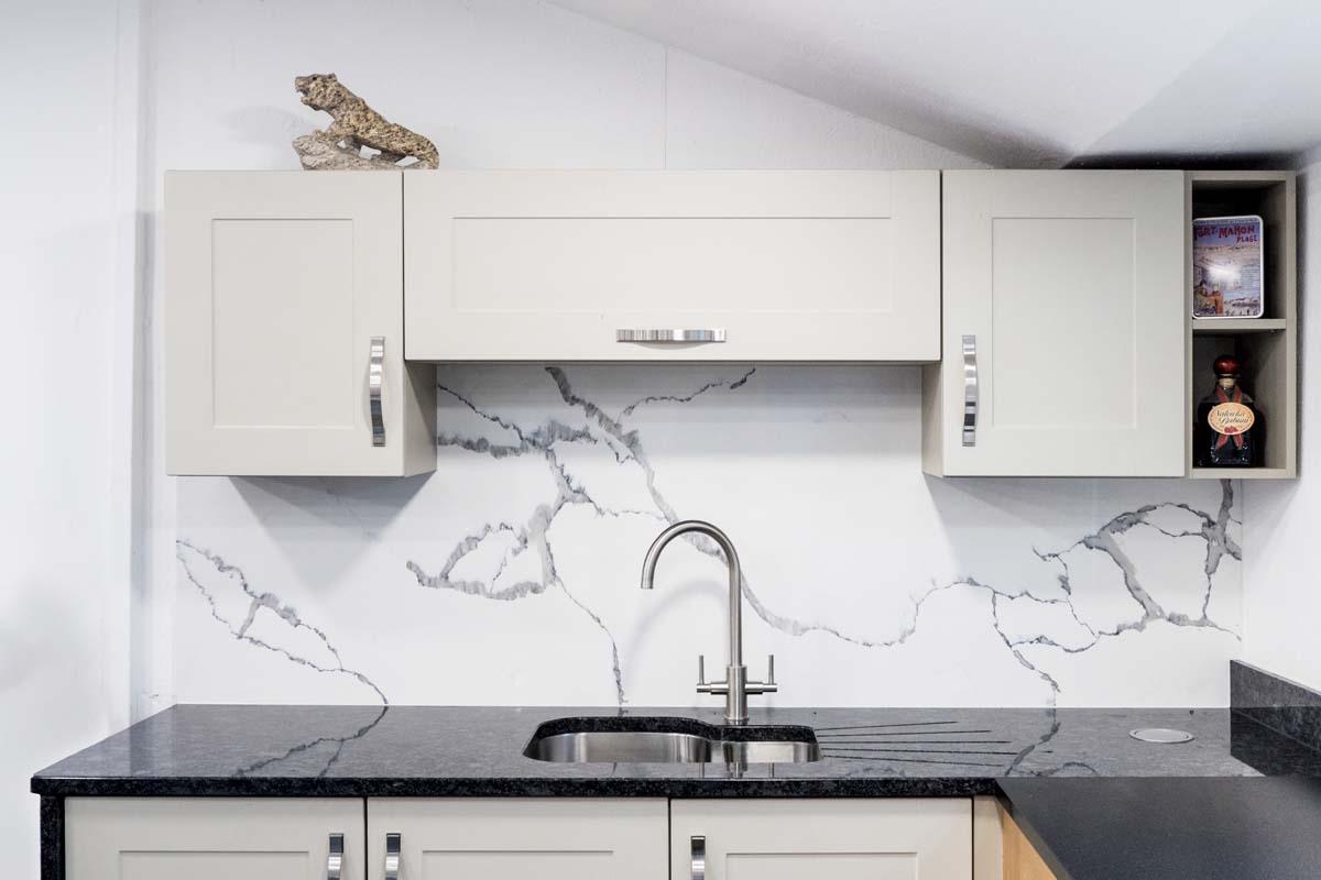 Marble Splashback Granite Worktop Keeping Our Display On Trend