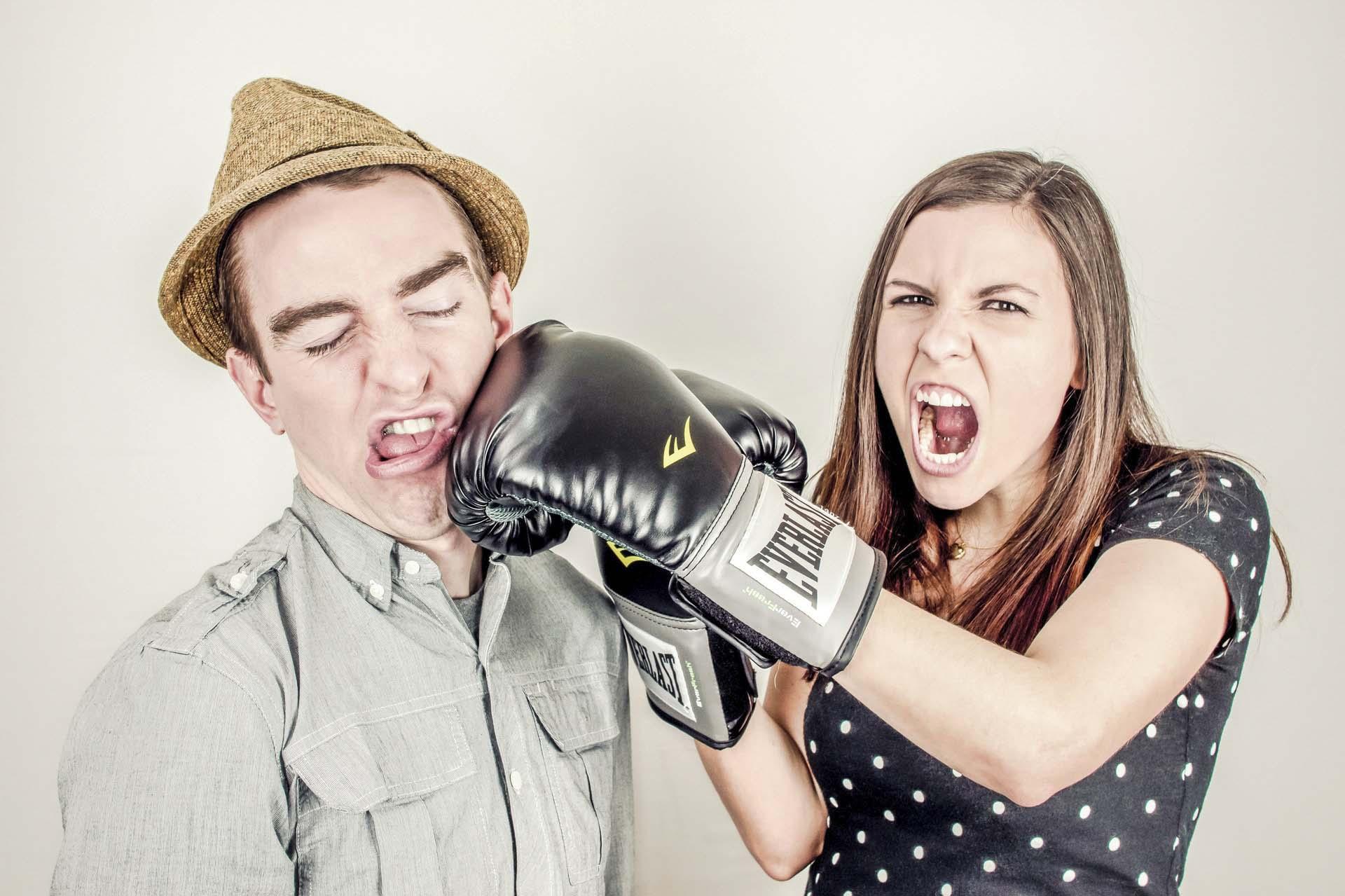 arguing-argument-boxing-boy-60884