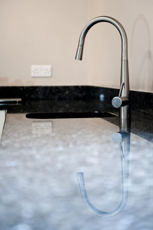 blue-pearl-granite-brockham-surrey-132822-a-della-tap-min