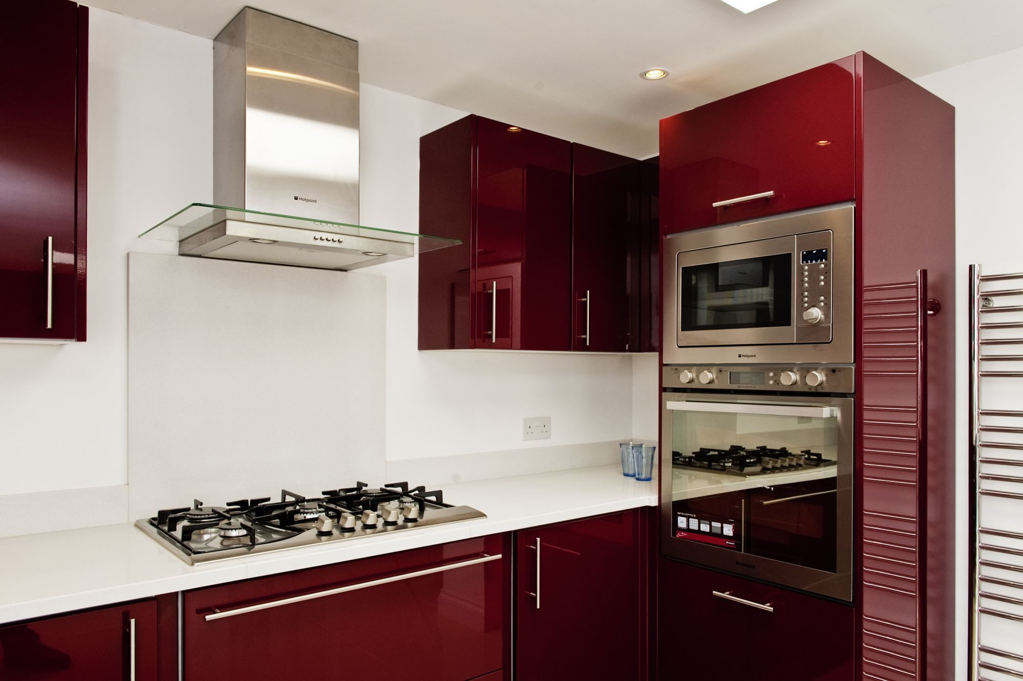 cimstone-arcadia-white-quartz-crawley–west-sussex-113014-hob-and-oven-min