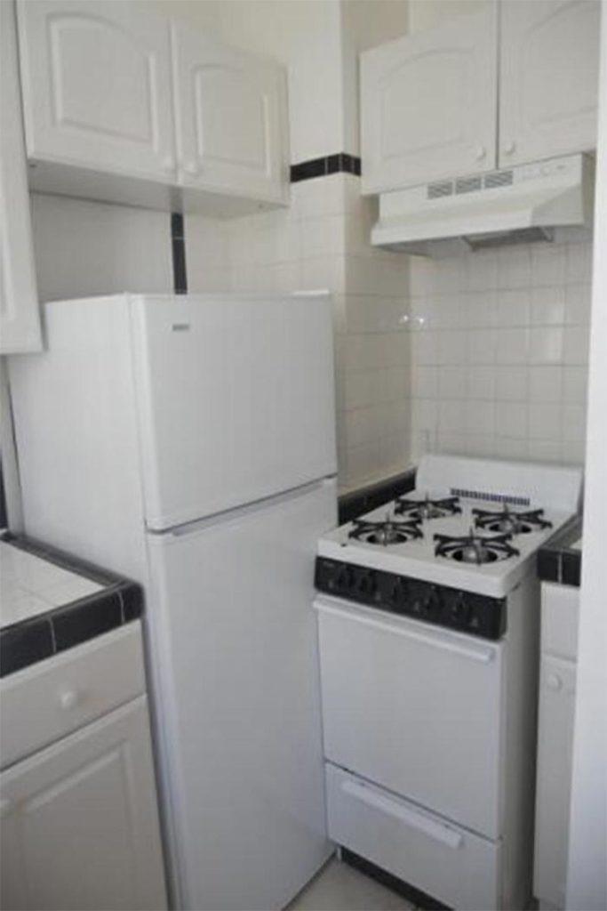 crappy-kitchen-designs-54-5d5d332c78ec8__700