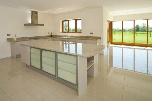 ivory-fantasy-granite-guildford-artington-surrey-113351-a-kitchen-island-min