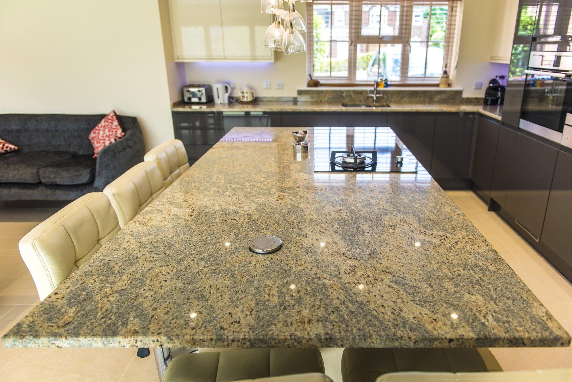 kashmir-gold-granite-horsham-113307-a-island-min