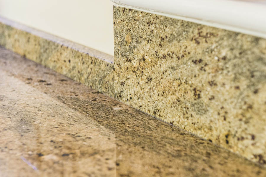 kashmir-gold-granite-horsham-113423-a-upstand-detail-min-min