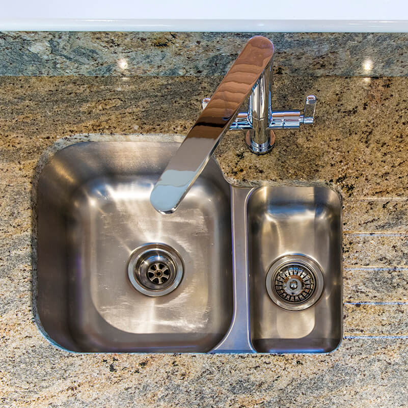 kashmir_gold_granite_horsham_120350_a_sink_tap-red-sq