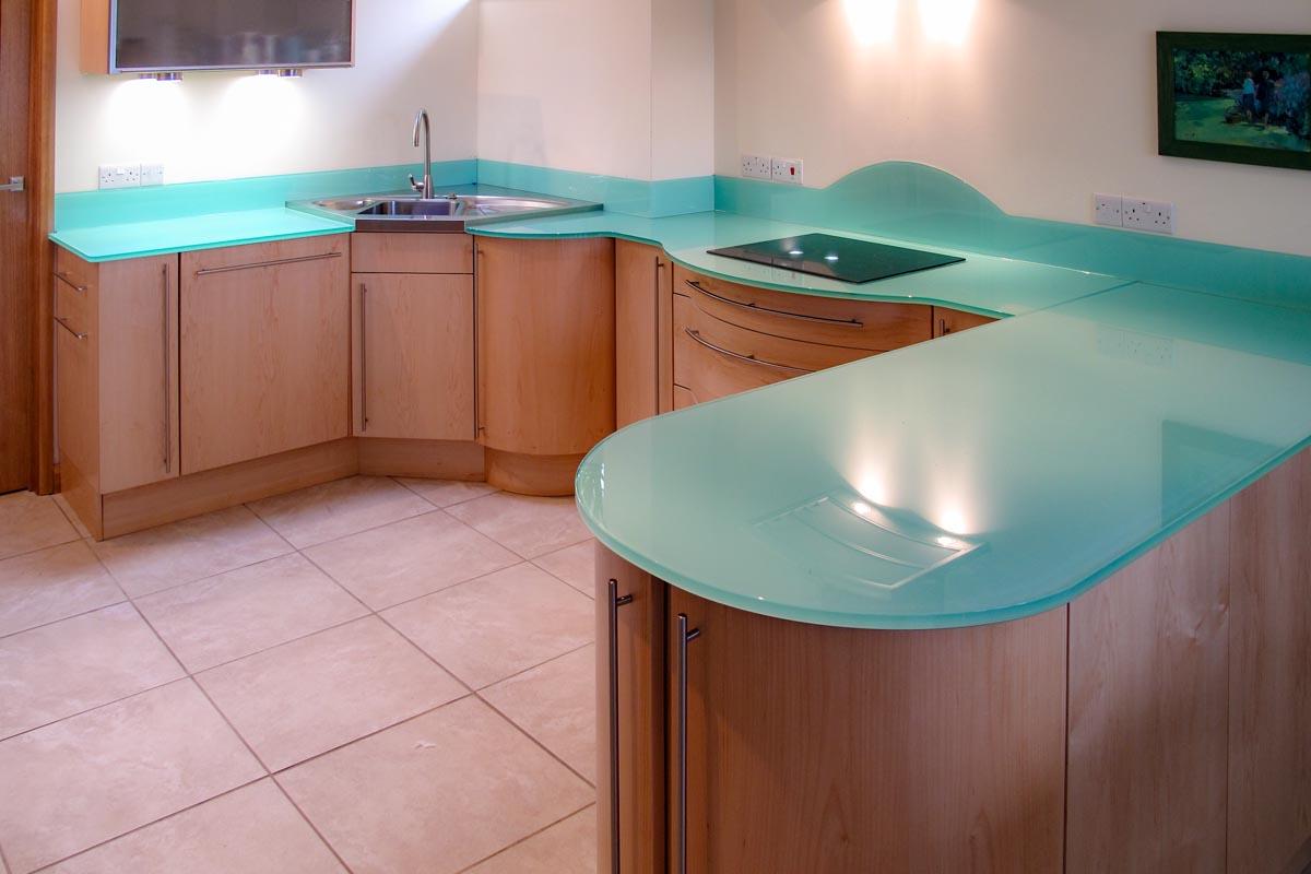 kitchen worktops glass