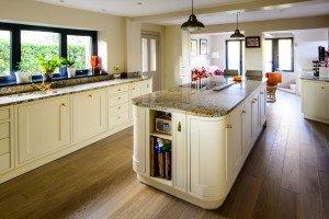 paisley-gold-granite-betchworth-surrey-15412116-island-min