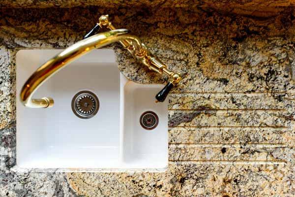 paisley_gold_granite_betchworth_surrey_16004127_sink_grooves-min