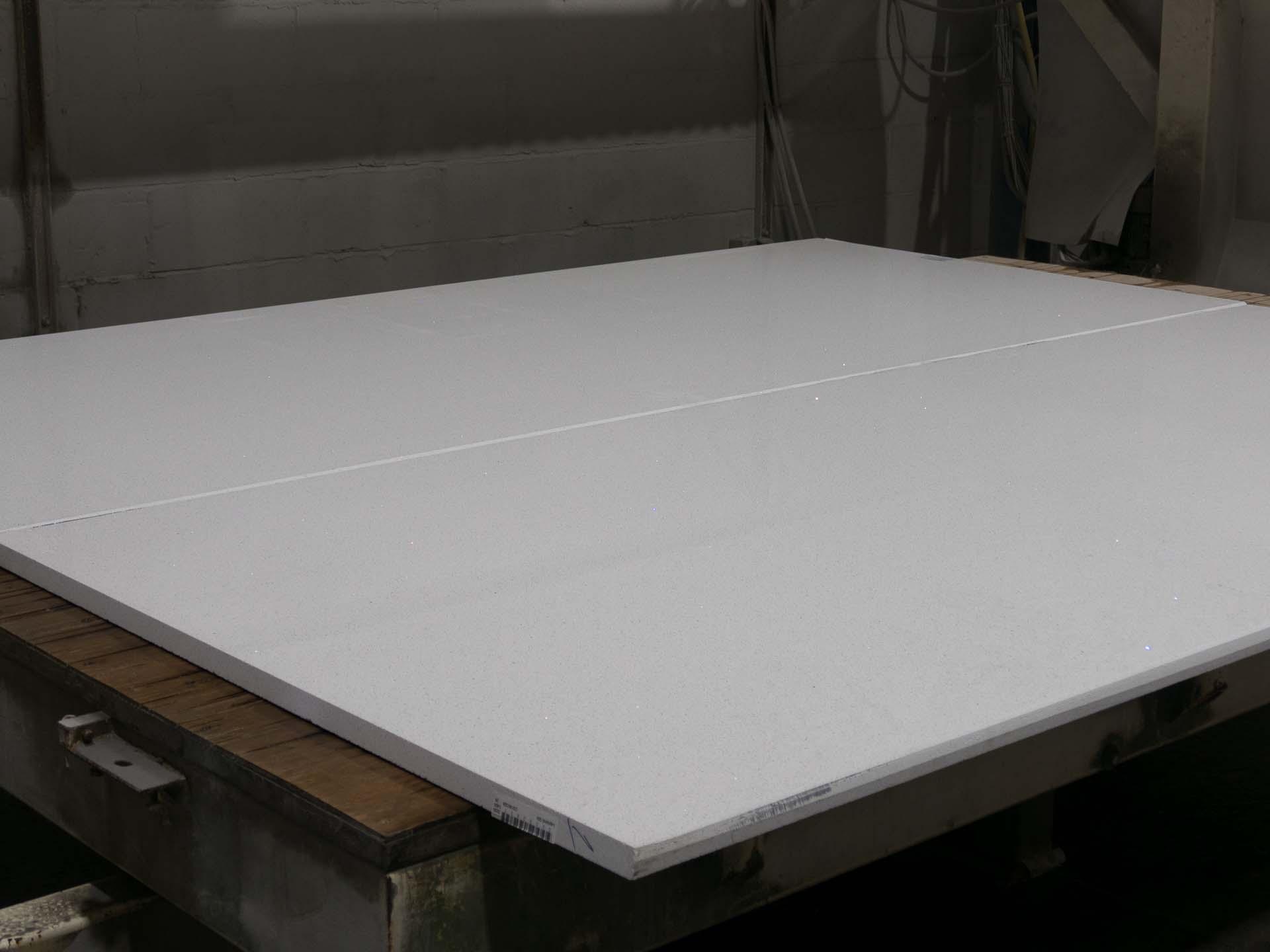 quartz-worktops-slab-variation-083916