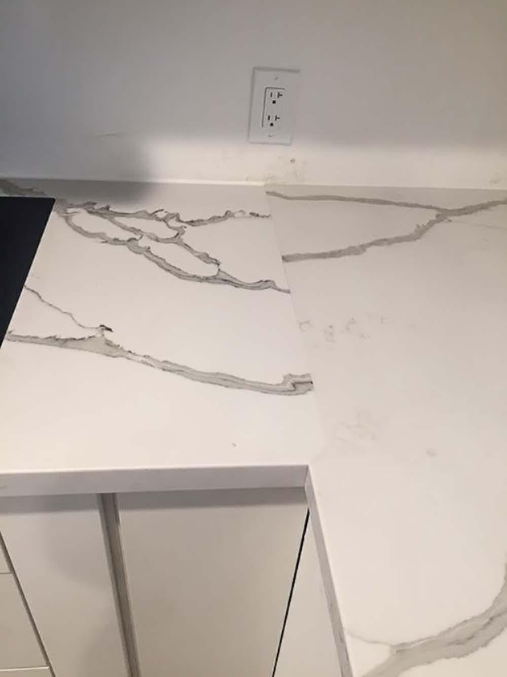 quartz-worktops-slab-variation-155518