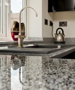 salt-and-pepper-granite-kingswood-surrey-grey-speckled-natural-120203-a-peninsular-min