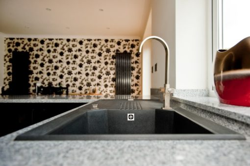 salt_and_pepper_granite_kingswood_surrey_grey_speckled_natural_120426_a_topmount_sink