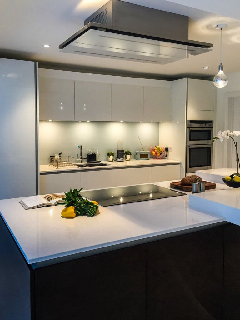 silestone-blanco-maple-quartz-worktops-island