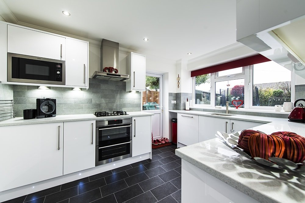 silestone-blanco-stellar-quartz-crawley-west-sussex-143337a-min
