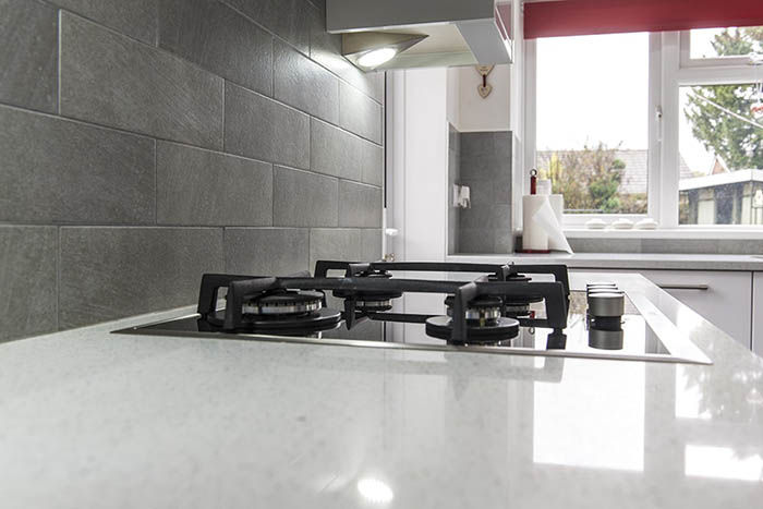 silestone-blanco-stellar-quartz-crawley-west-sussex-145245a-min