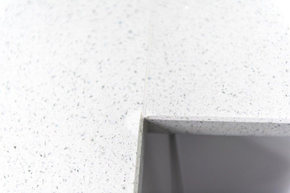 silestone-blanco-stellar-quartz-crawley-west-sussex-145833a-min