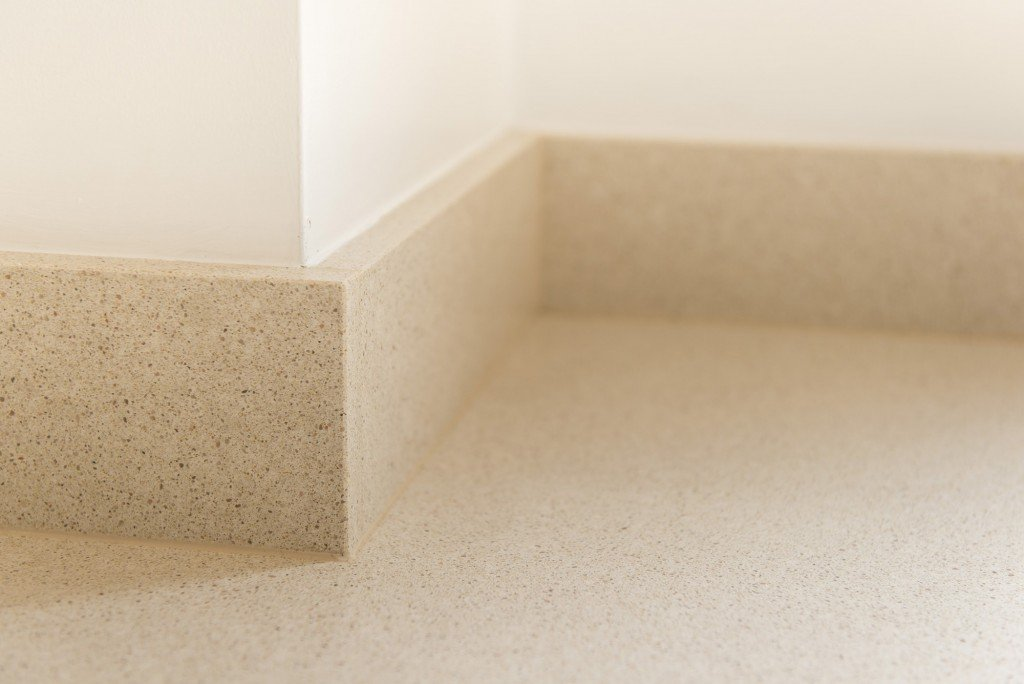 silestone_blanco_city_20mm_ashford_middlesex_132518_a_upstand_detail-min