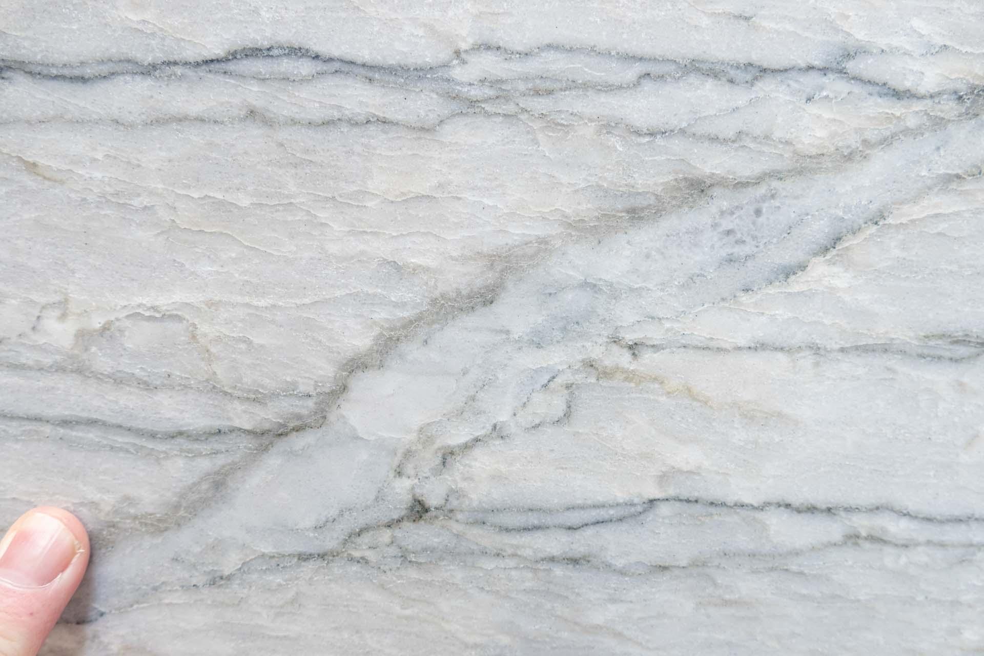 white macaubas ml190415 35370 125300a